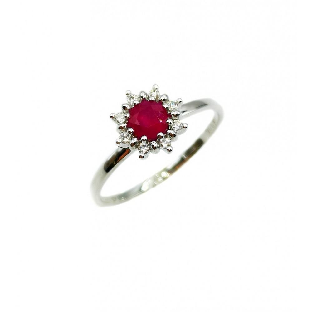 Auksinis žiedas su rubinu ir briliantais