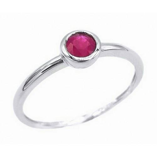 Auksinis žiedas su rubinu