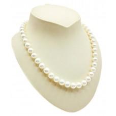 Perlų vėrinys su auksu