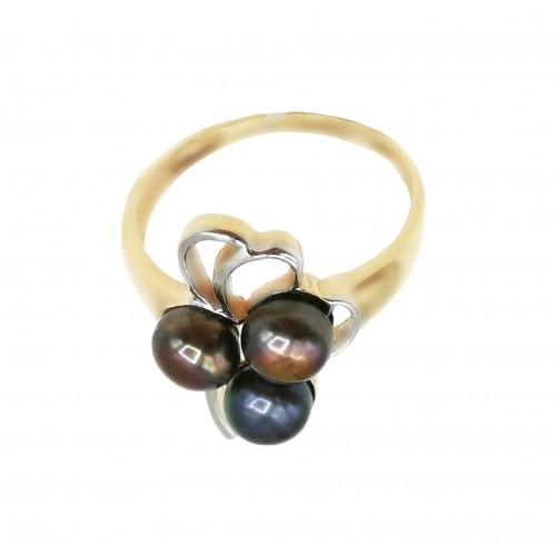 Auksinis žiedas su perlais